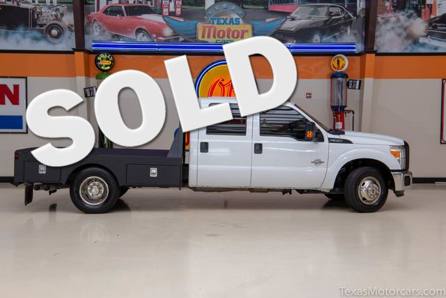 2012 Ford Super Duty F-350 DRW Chassis Cab XL