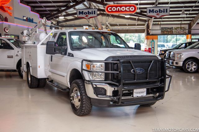 2012 Ford Super Duty F-350 DRW Chassis Cab XL 4x4 in Addison, Texas 75001