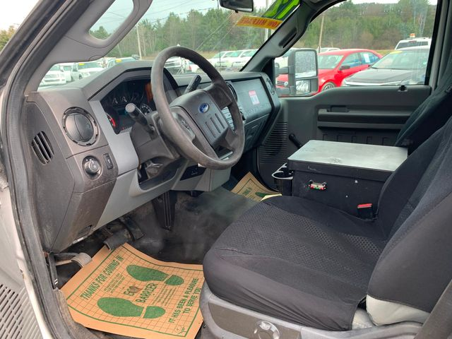 2012 Ford Super Duty F-350 DRW Chassis Cab XL Hoosick Falls, New York 4