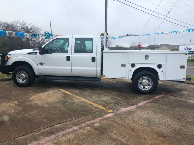 2012 Ford Super Duty F-350 SRW Chassis Cab XL | Greenville, TX | Barrow Motors in Greenville TX