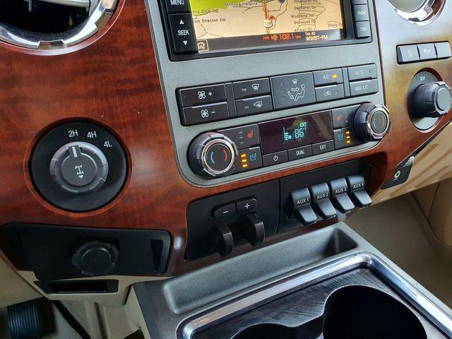 """2012 Ford Super Duty F-350 SRW Pickup King Ranch 4X4 6.7L V8 TDSL Navi/Sunroof/20"""" in Louisville, TN 37777"""