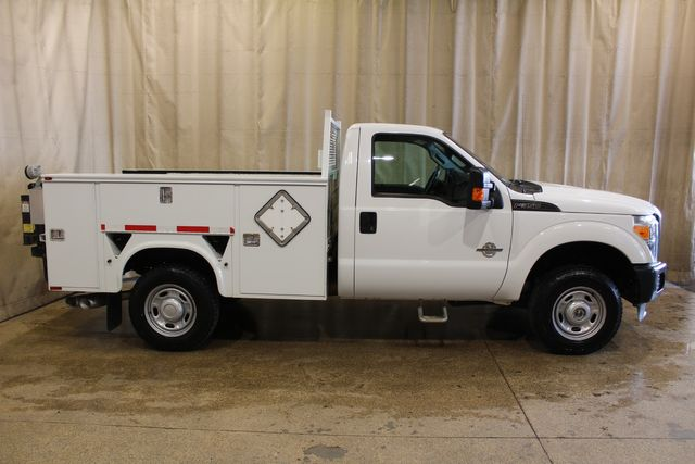 2012 Ford Super Duty F-350 Diesel utility bed tommy lift XL in Roscoe, IL 61073