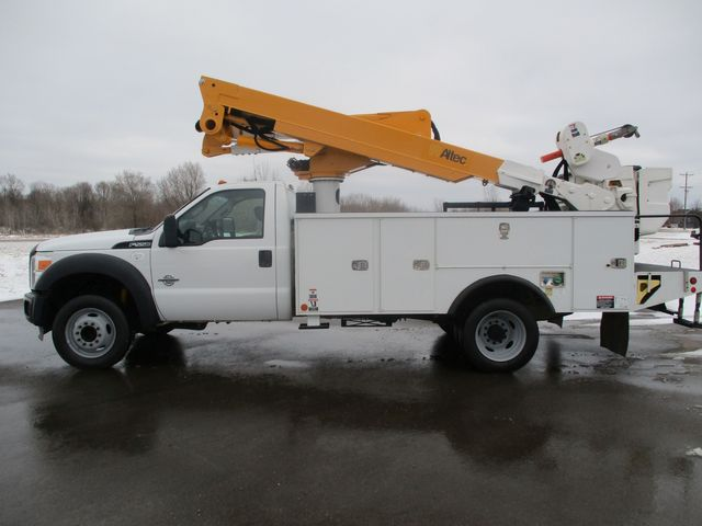 2012 Ford Super Duty F-550 DRW Chassis Cab XL Lake In The Hills, IL 1