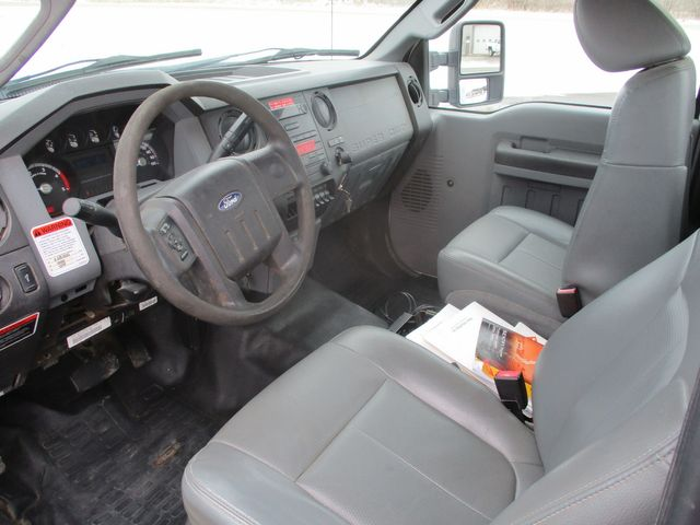 2012 Ford Super Duty F-550 DRW Chassis Cab XL Lake In The Hills, IL 9