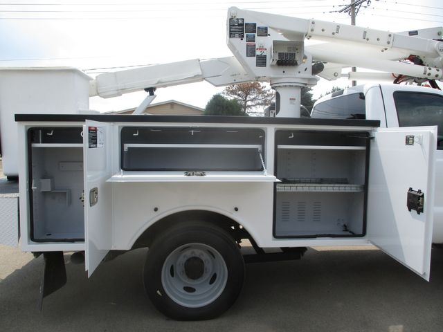 2012 Ford Super Duty F-550 DRW Chassis Cab XL Lake In The Hills, IL 10