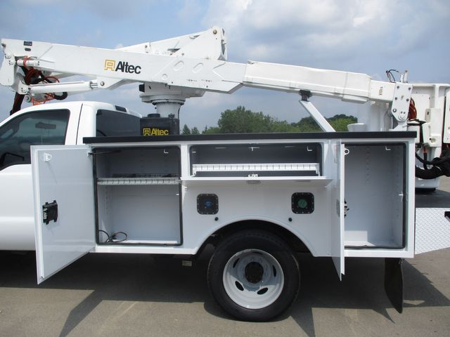 2012 Ford Super Duty F-550 DRW Chassis Cab XL Lake In The Hills, IL 8