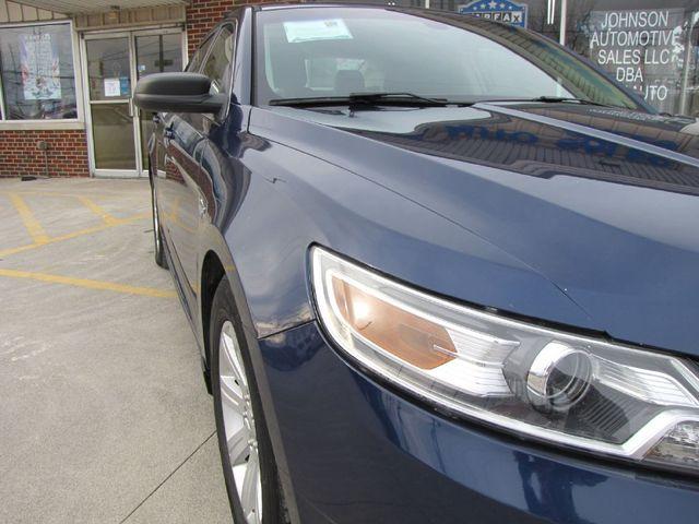 2012 Ford Taurus SE in Medina OHIO, 44256