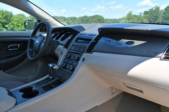 2012 Ford Taurus SE Naugatuck, Connecticut 8