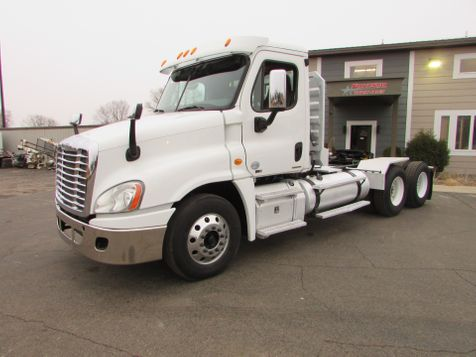 2012 Freightliner Cascadia Tractor Trailer W/Wet Kit  in St Cloud, MN