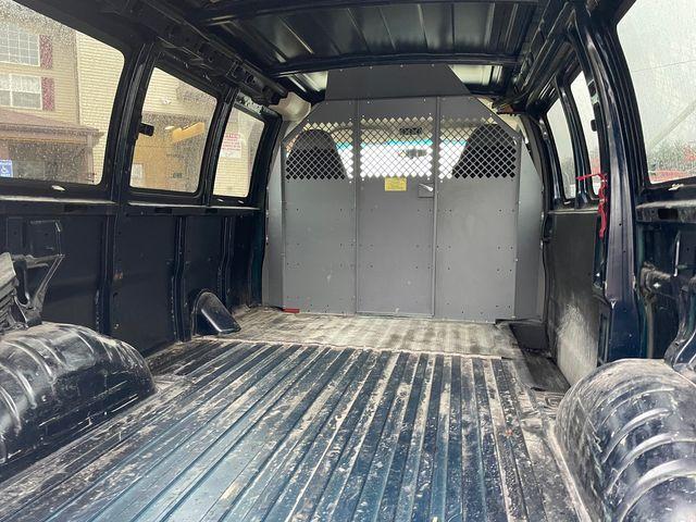 2012 GMC Savana Cargo Van Hoosick Falls, New York 3