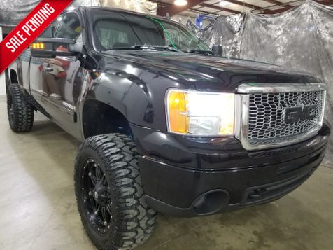 2012 GMC Sierra 1500 SLE Quad,  Lift  4x4 in Dickinson, ND