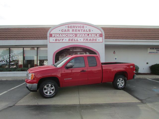 2012 GMC Sierra 1500 SLE EXT. CAB 4WD in Fremont OH, 43420
