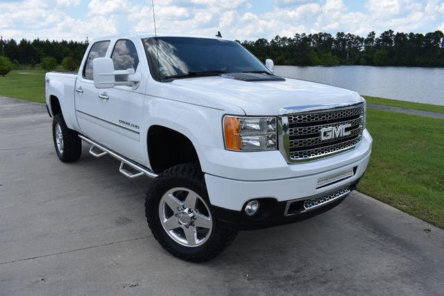 2012 GMC Sierra 2500 Denali Walker, Louisiana 1
