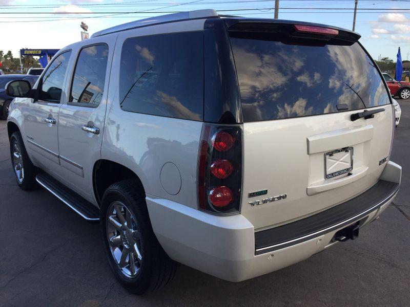 2012 GMC Yukon Denali   Brownsville TX  English Motors  in Brownsville, TX