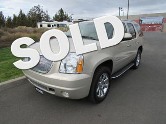2012 GMC Yukon Denali AWD ONLY 48K MILES! Bend, Oregon 0