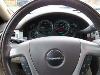 2012 GMC Yukon Denali AWD ONLY 48K MILES! Bend, Oregon 12