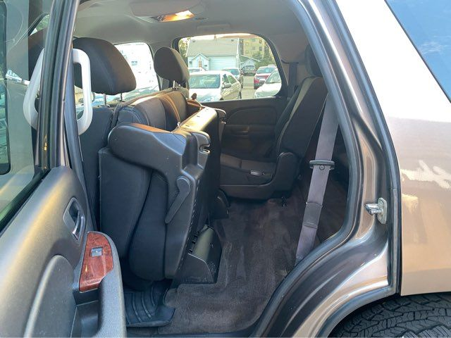 2012 GMC Yukon SLE ONLY 83,000 Miles in Dickinson, ND 58601