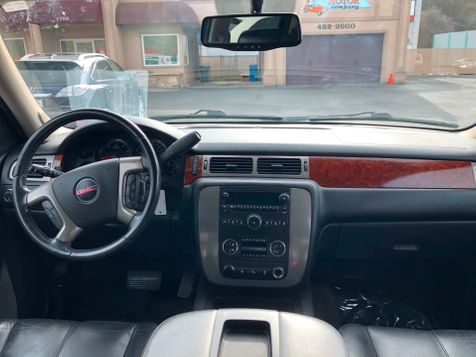 2012 GMC Yukon XL SLT 4WD | Ashland, OR | Ashland Motor Company in Ashland, OR