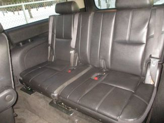 2012 GMC Yukon XL SLT Farmington, MN 3