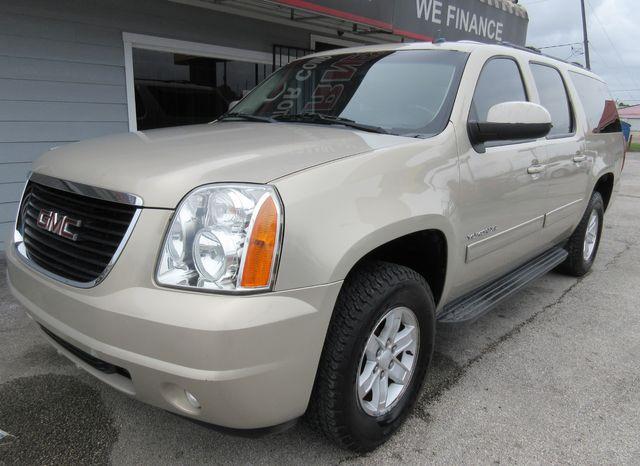 2012 GMC Yukon XL SLE south houston, TX 1