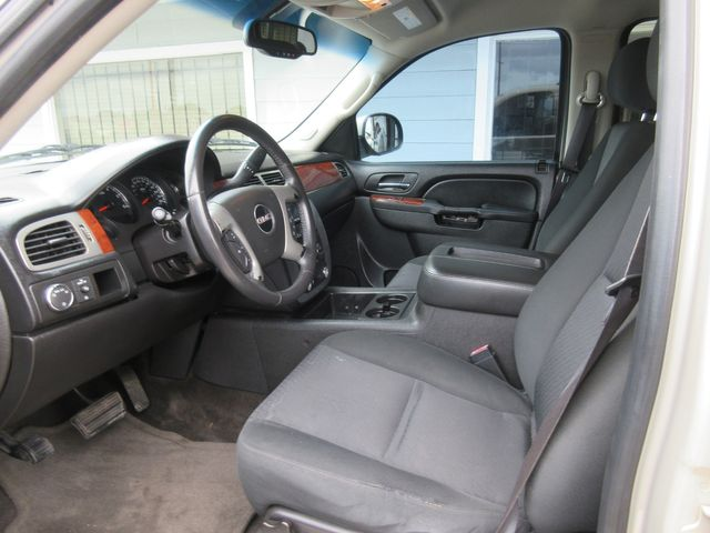 2012 GMC Yukon XL SLE south houston, TX 6