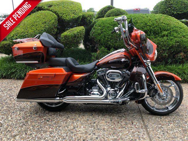 2012 Harley-Davidson CVO Street Glide CVO™ Base