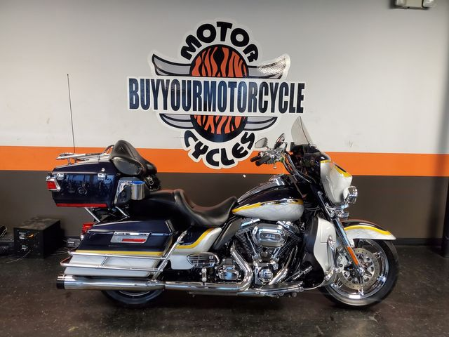 2012 Harley-Davidson Electra Glide® CVO™ Ultra Classic® in Fort Worth , Texas 76111