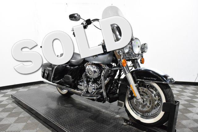 2012 Harley-Davidson FLHRC - Road King® Classic