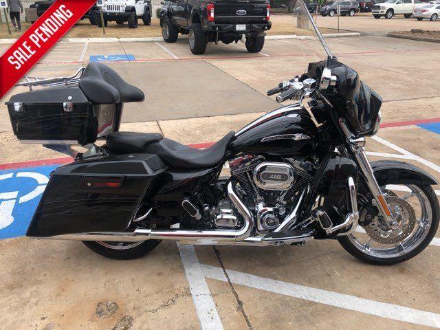 2012 Harley-Davidson CVO Street Glide in McKinney, TX 75070