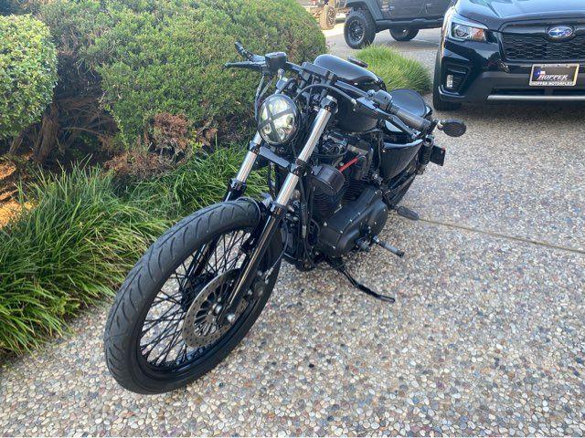 2012 Harley-Davidson Iron 883 XL883N in McKinney, TX 75070