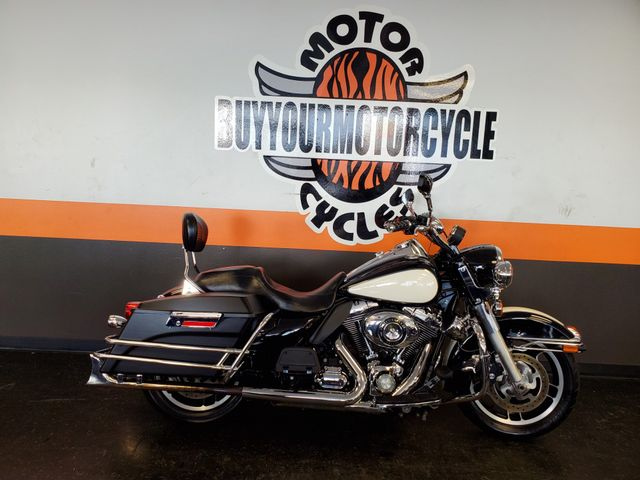 2012 Harley - Davidson POLICE ROAD KING in Arlington, Texas 76010