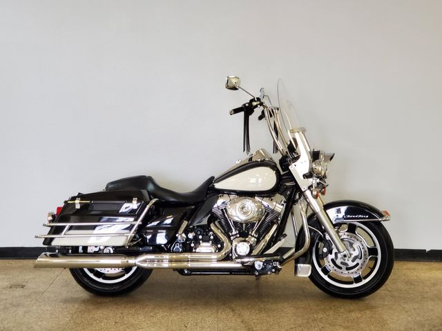 2012 Harley-Davidson Police Road King FLHP in Fort Worth , Texas 76111
