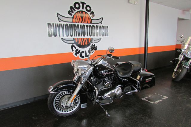 2012 Harley-Davidson Road King® Base Arlington, Texas 31
