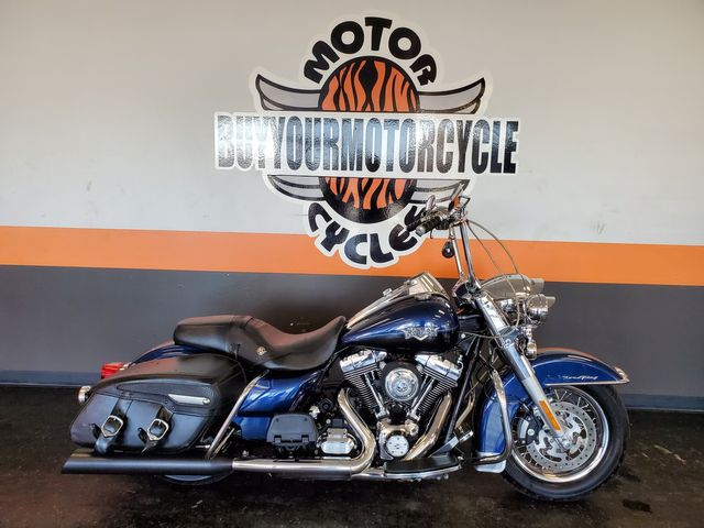 2012 Harley Davidson ROAD KING CLASSIC FLHRC in Arlington, Texas 76010