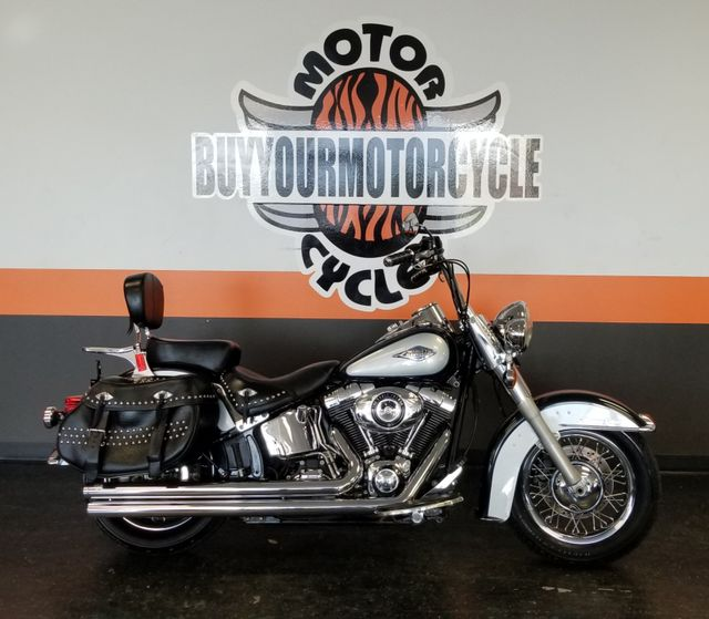 2012 Harley-Davidson Softail® Heritage Softail® Classic in Arlington, Texas 76010