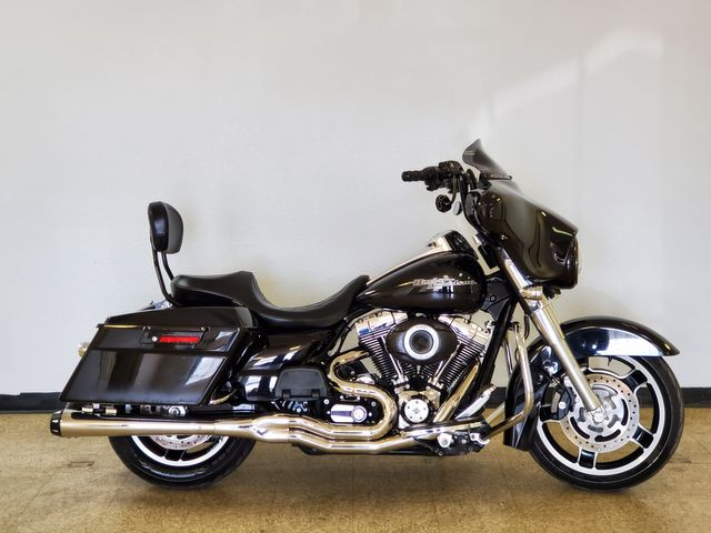 2012 Harley-Davidson Street Glide FLHX103 in Fort Worth , Texas 76111