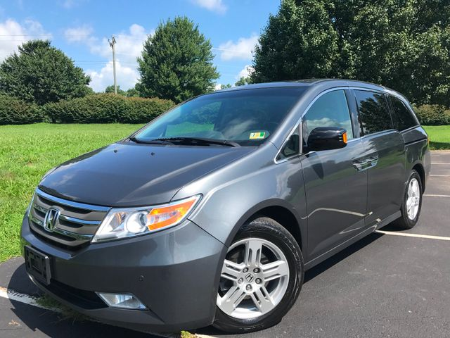2012 Honda Odyssey Touring in Leesburg Virginia, 20175