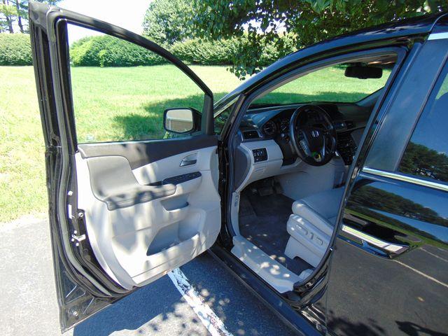 2012 Honda Odyssey EX-L Leesburg, Virginia 9
