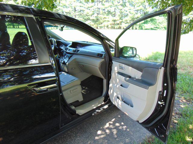 2012 Honda Odyssey EX-L Leesburg, Virginia 34