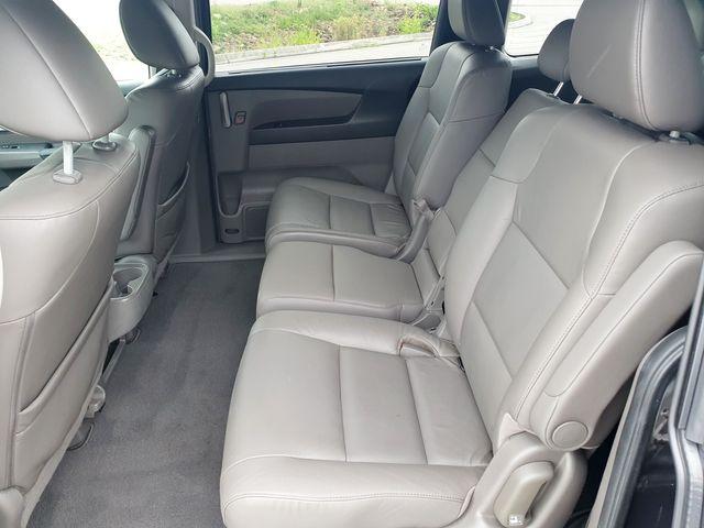 2012 Honda Odyssey EX-L 8-Passenger Leather/Sunroof/Heated Seats in Louisville, TN 37777