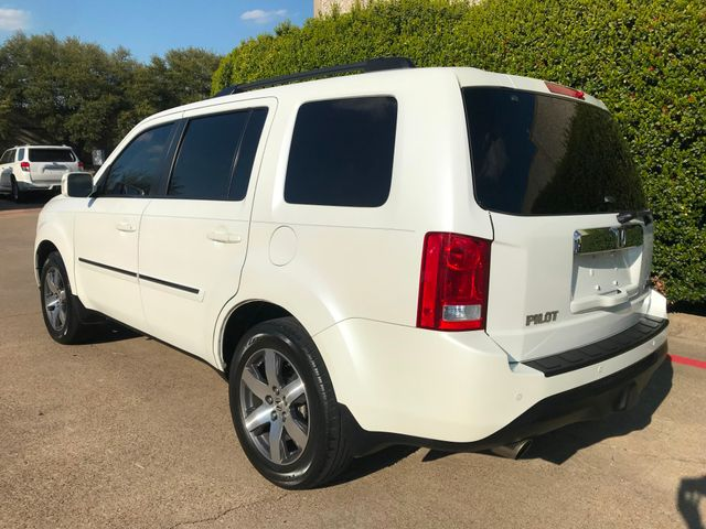2012 Honda Pilot Touring w/Navigation, Sunroof and Entertainment in Plano, Texas 75074