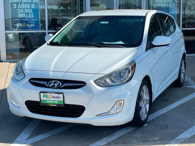 2012 Hyundai 4 DOOR HATCHBACK UL-