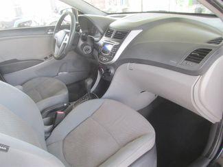 2012 Hyundai Accent 5-Door GS Gardena, California 8