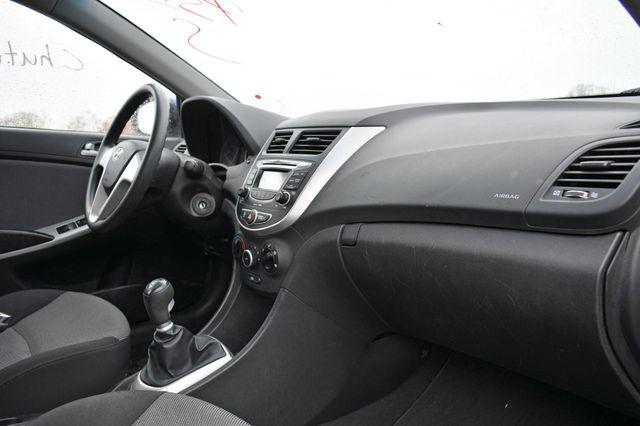 2012 Hyundai Accent 5-Door GS Naugatuck, Connecticut 11