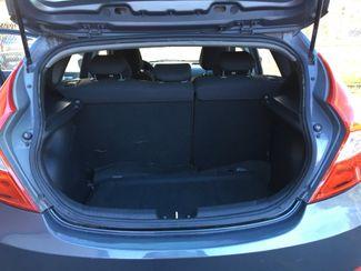 2012 Hyundai Accent 5-Door GS New Brunswick, New Jersey 6