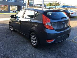 2012 Hyundai Accent 5-Door GS New Brunswick, New Jersey 21