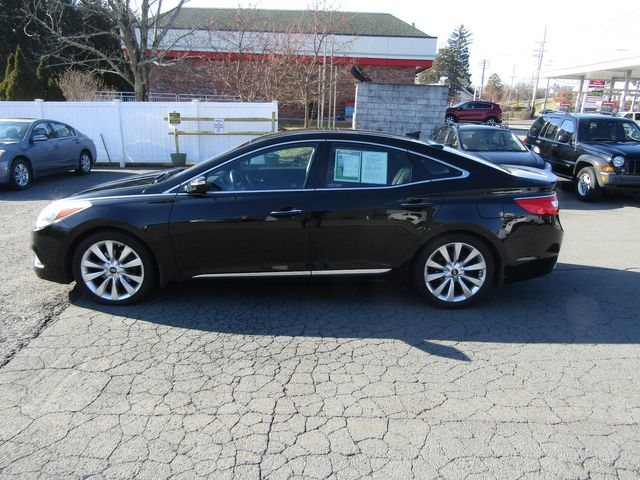 2012 Hyundai Azera in New Windsor, New York 12553