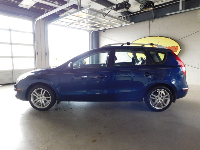 2012 Hyundai Elantra Touring SE  city TN  Doug Justus Auto Center Inc  in Airport Motor Mile ( Metro Knoxville ), TN