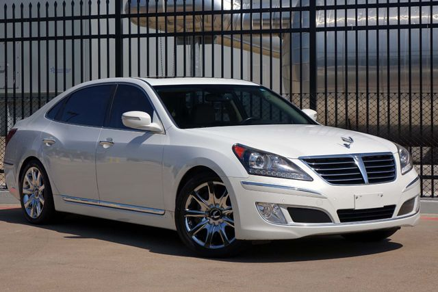 2012 Hyundai Equus Signature* 1 Owner* Sunroof* Loaded* EZ Finance**   Plano, TX   Carrick's Autos in Plano TX