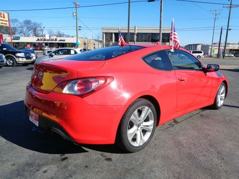 2012 Hyundai Genesis Coupe 2.0T Premium | Nashville, Tennessee | Auto Mart Used Cars Inc. in Nashville, Tennessee